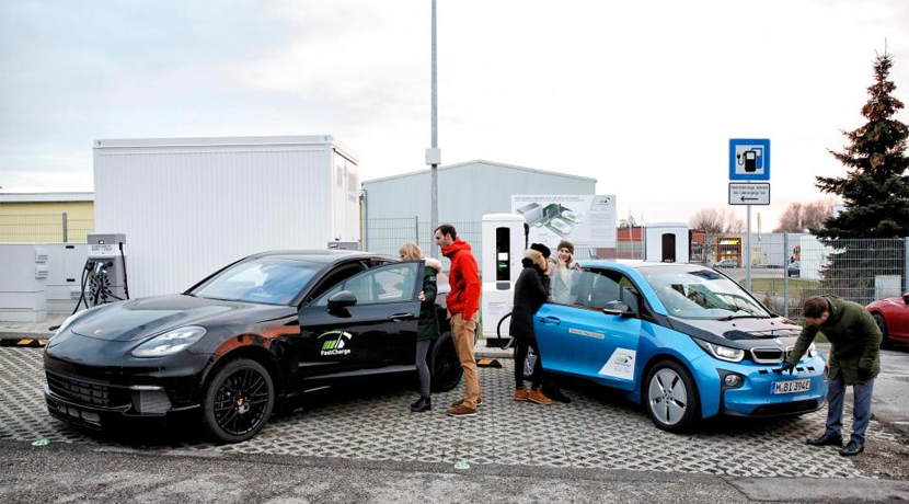 Fast charging BMW and Porsche 450 kW