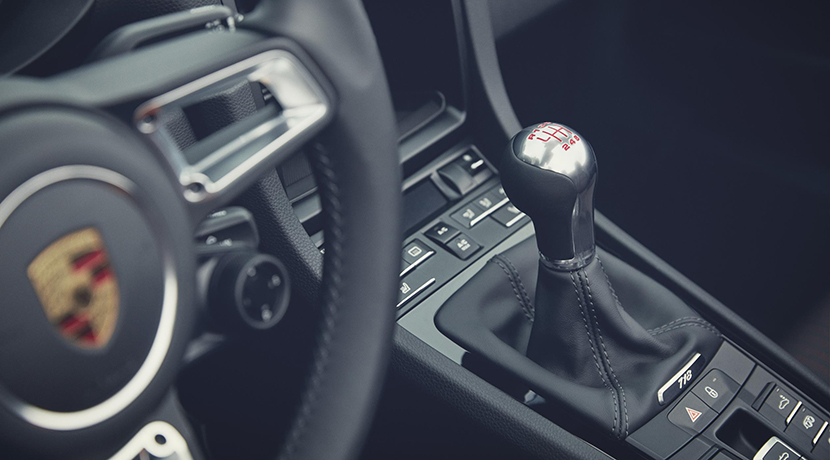 Porsche 718 T manual shift lever
